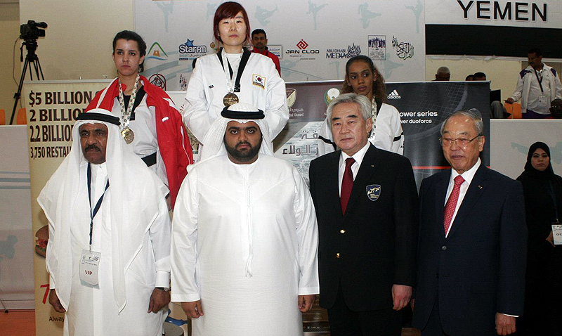 2013-03-07_577x_Fujairah-Taekwondo-Open-Championship-2013_PODIO