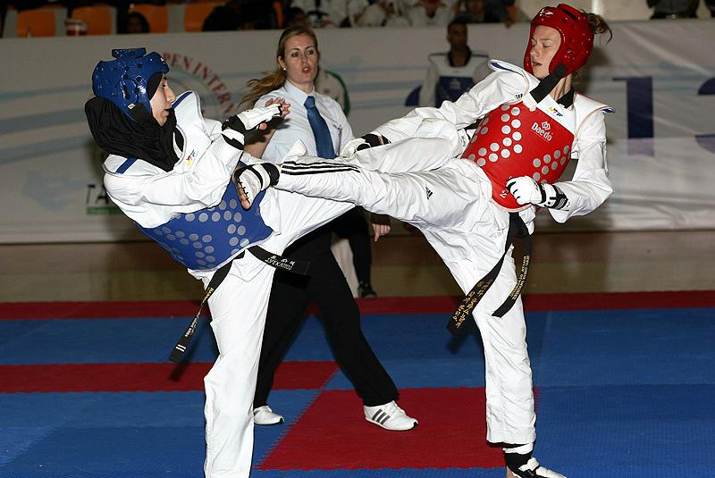 2013-03-07_578x_Fujairah-Taekwondo-Open-Championship-2013_Kiorugi