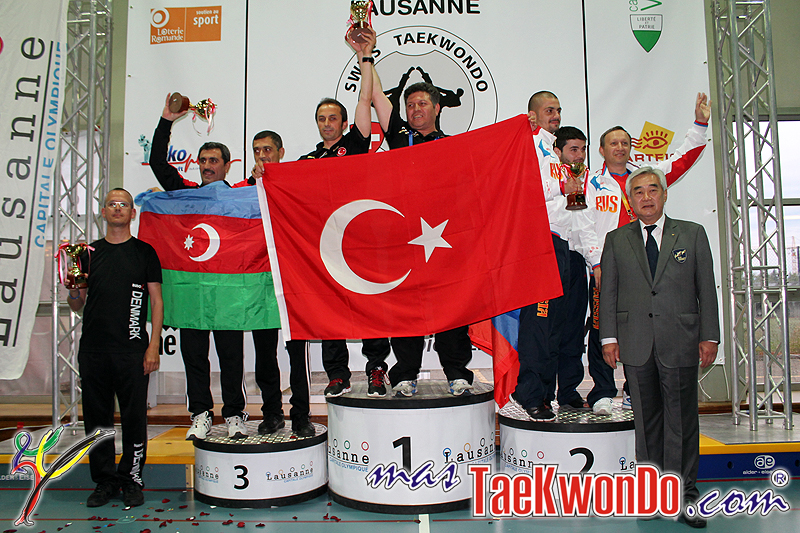 2013-06-09_(60942)x_IMG_1934_Equipo-Femenino_Para-Taekwondo_Lausanna