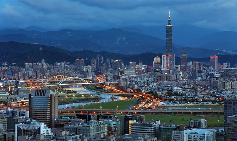 2013-02-04_57658x_New-Taipei-City