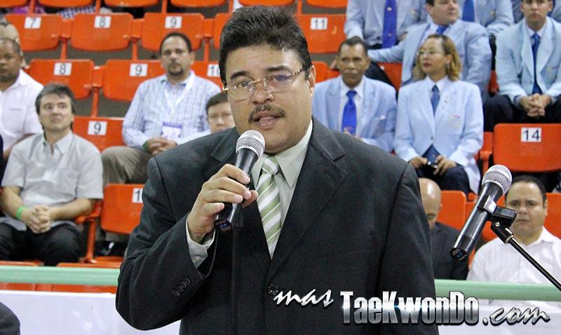 2014-04-08_84404x_Francisco-Camacho_IMG_1751