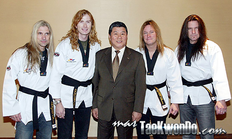 2014-05-20_85234x_2009_Megadeth_Taekwondo_