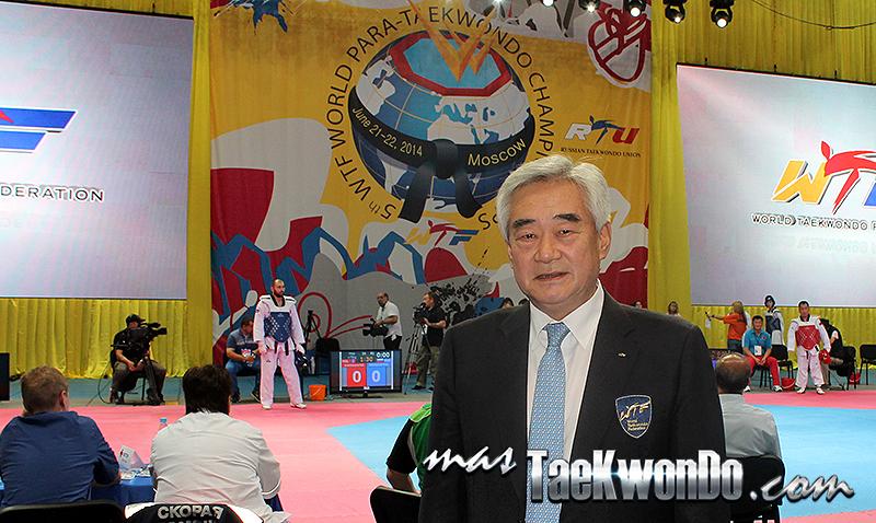 2014-06-21_90421x_Chungwon-Choue_IMG_3228