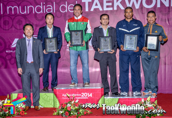 General podium in aguascalientes