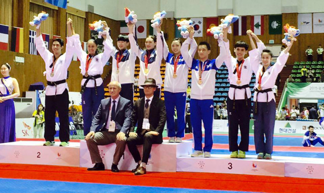 podio-poomsae-universiada