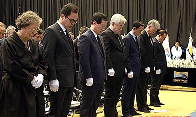 Funeral_Grand-Master_Lee-Chong-Woo_autoridades