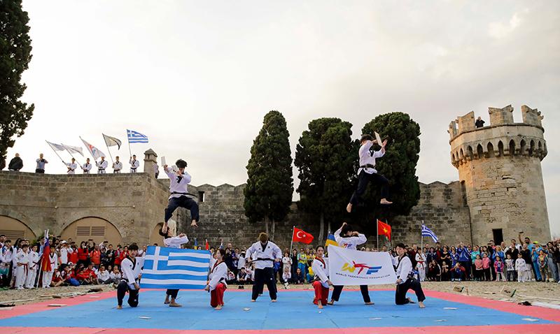 Opening Ceremony of the 1st WTF World Taekwondo Beach Championships