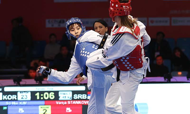 Kyo-Don In and So-Hui Kim triumph at World Taekwondo Grand Slam. 4D Cameras take Champions Series into 'The Matrix'.