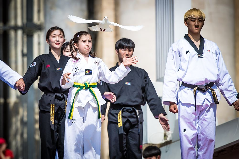 World Taekwondo performs historic demonstration in Vatican City