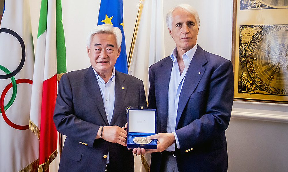 WT President Choue meets CONI President Malago in Rome